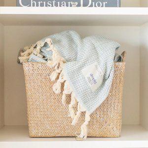 ✨ NWT Organic Cotton Throw Blanket   Jillian Harris x Droplet